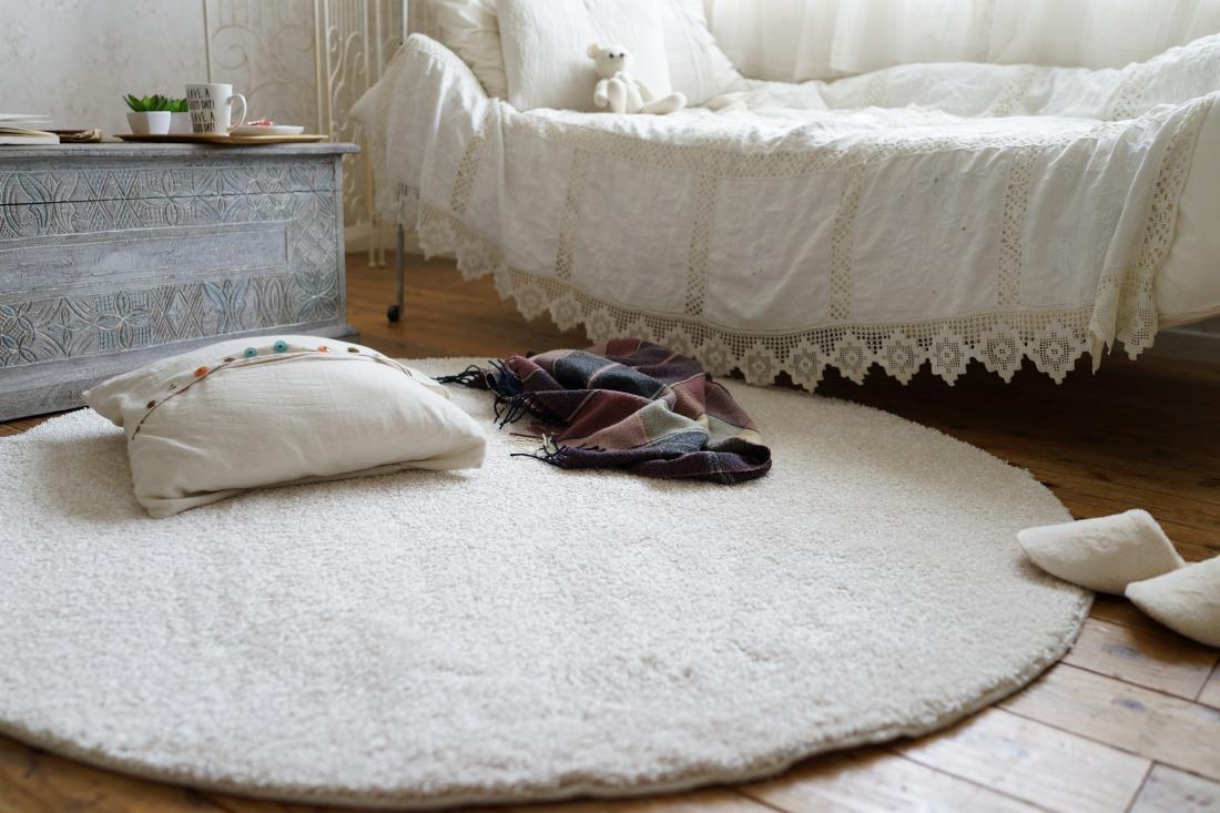 【日本製】 ラグマット ILLMIE 150x150cm 円形 ラグ マット カーペット 無地 シンプル 防音 防ダニ 床暖 ホットカーペット(代引不可)【送料無料】