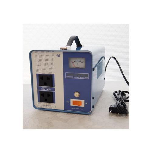 スワロー電機 受注生産のため納期約2週間電圧安定装置170~260V→100V 1000W AVR-1000E