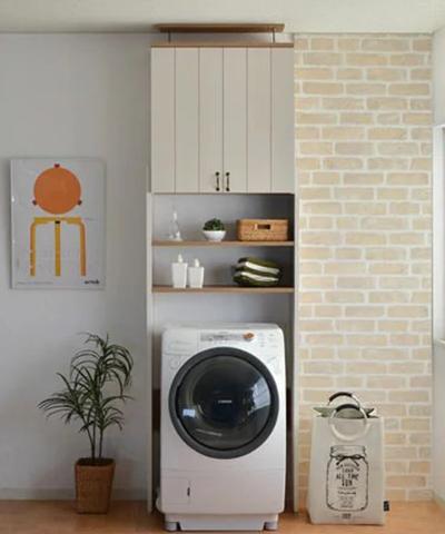 つっぱり洗濯機ラック カリーナ 洗濯機ラック つっぱり ランドリーラック サニタリー収納 ランドリー収納 脱衣所 洗濯 棚付き 扉(代引不可)【送料無料】