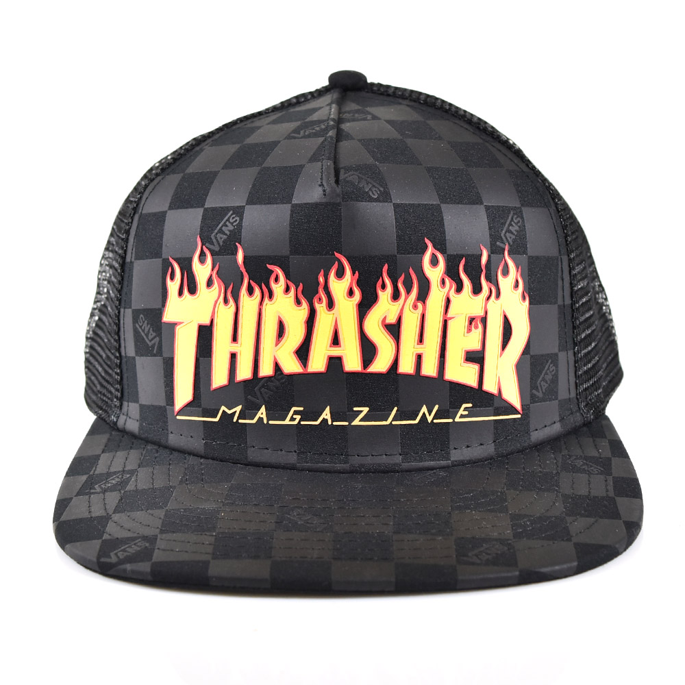 ca2a1cc2db710 Vans VANS cap   The headware that the identity of both brands which  performed THRASHER and collaboration was jam-packedThe cap which did  THRASHER (slasher) ...
