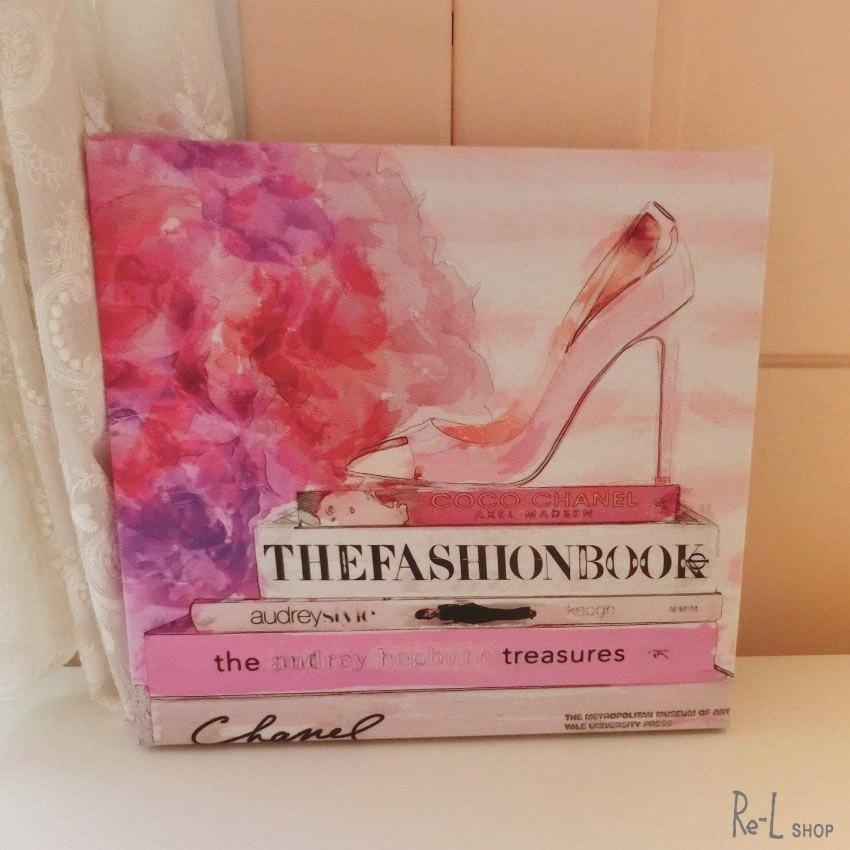 13322 The Fashion Book HL【Olivergal オリバーガル】壁掛け絵 絵画 アート 受注販売商品