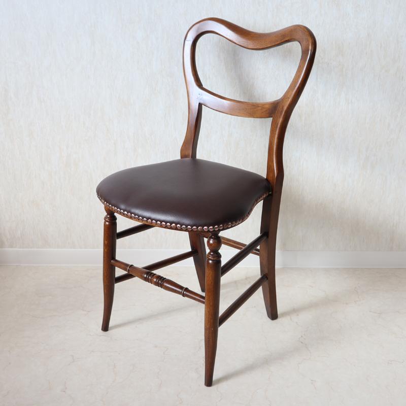 アンティークオーク バルーンチェア 張地ブラウンブラウン アンティーク クラシック オーク シンプル チェア レザー イギリス おしゃれ かわいい 合皮 無垢 無垢材 椅子 玄関 木 木製 天然木 北欧 輸入家具 送料無料REJG467L-BR
