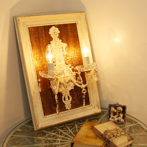 エルミーヌ フレームランプ 2灯 ホワイトアンティークLED ブラケット ホワイト ランプ ライト スタンド ガラス アンティーク シャビー シャビーシック おしゃれ かわいい 壁掛け 壁 卓上 額縁 照明 玄関 廊下 階段 白 姫系 北欧 送料無料REOB-051/2W