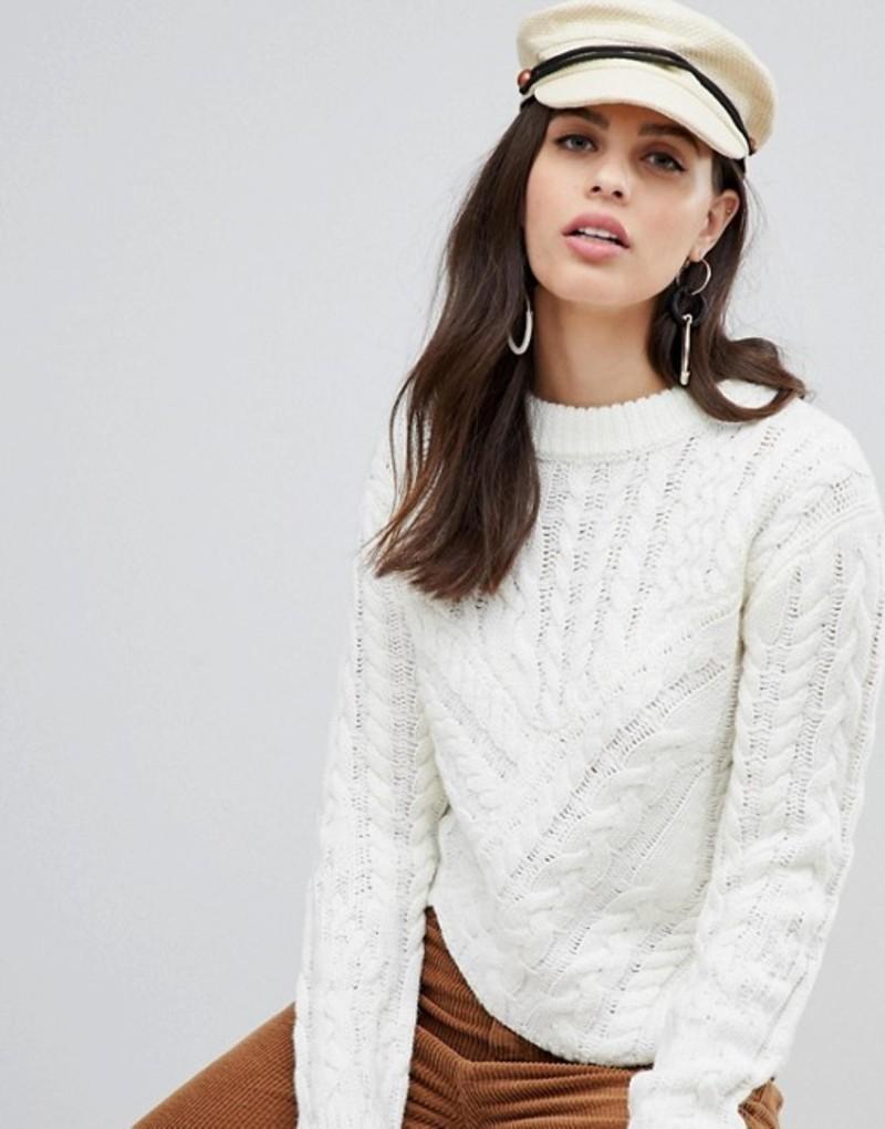 リクオリッシュ レディース ニット・セーター アウター Liquorish round neck asymmetric cable knit sweater Off white