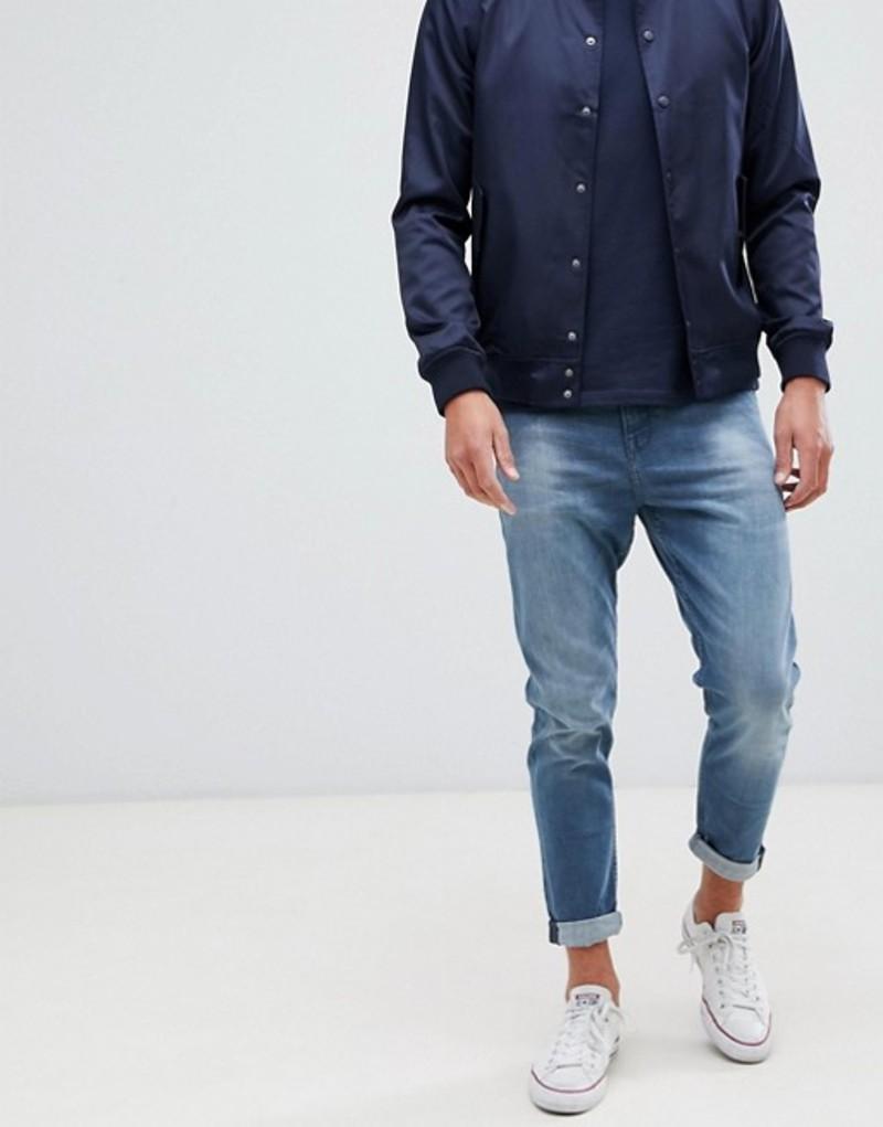 ニュールック メンズ デニムパンツ ボトムス New Look tapered jeans in mid blue wash Mid blue