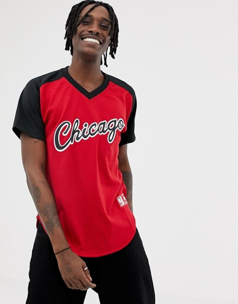 ミッチェル&ネス メンズ Tシャツ トップス Mitchell & Ness Chicago Bulls mesh v-neck t-shirt in red Red