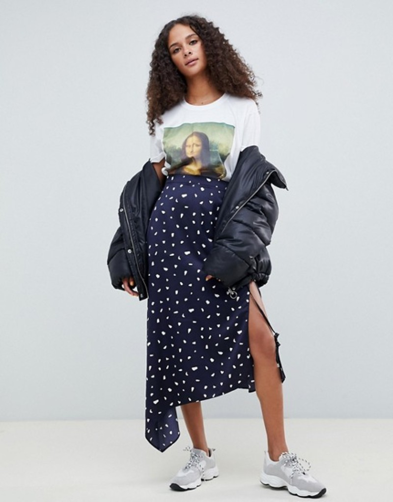 エイソス レディース スカート ボトムス ASOS DESIGN asymmetric satin midi skirt in navy spot Navy / white