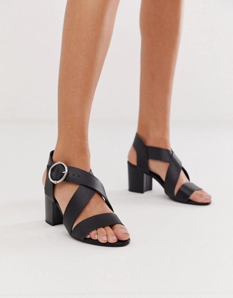 ニュールック レディース サンダル シューズ New Look cross strap block heeled sandal in black Black