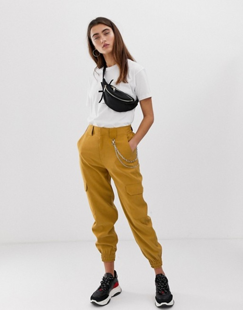 プルアンドベアー レディース カジュアルパンツ ボトムス Pull&Bear chain detail smart utility pants in brown Brown