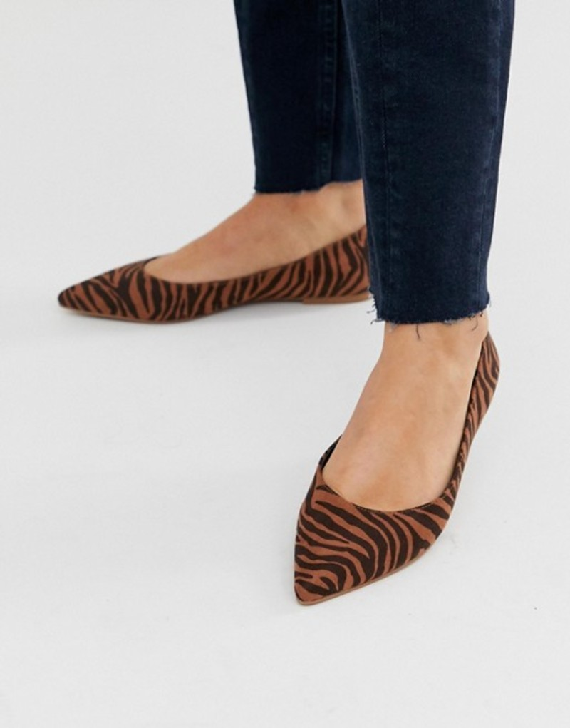 エイソス レディース パンプス シューズ ASOS DESIGN Latch pointed ballet flats In tiger Tiger