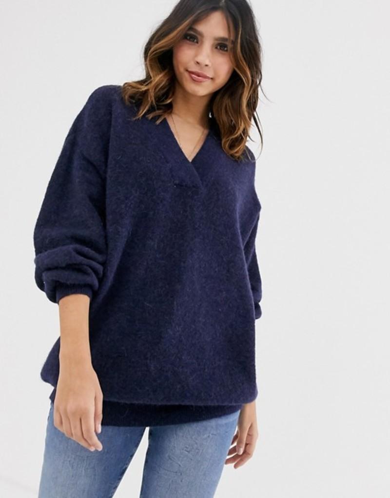 ワイエーエス レディース ニット・セーター アウター Y.A.S oversized v neck knitted sweater Navy blazer