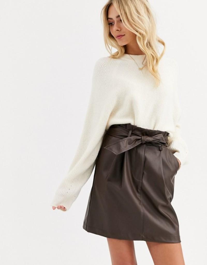 ニュールック レディース スカート ボトムス New Look paperbag PU mini skirt in dark brown Dark brown
