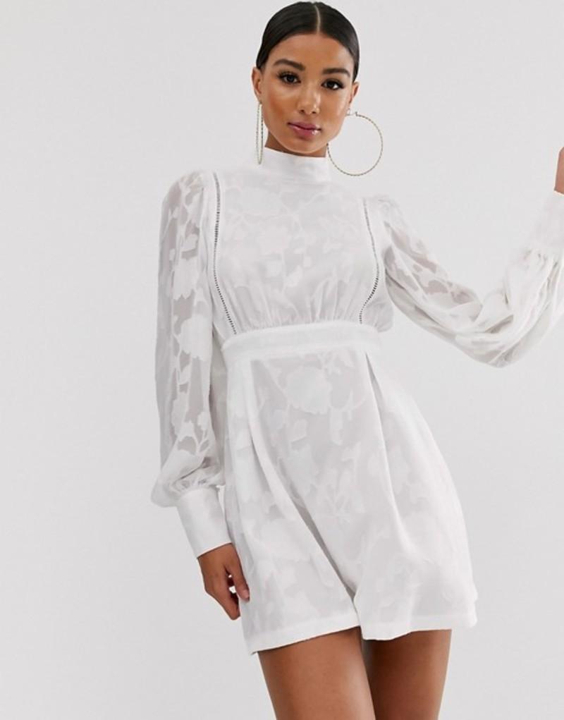 プリティリトルシング レディース ワンピース トップス PrettyLittleThing high neck skater dress in white White