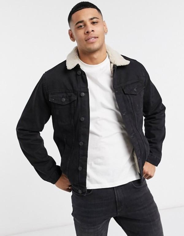 ニュールック メンズ ジャケット・ブルゾン アウター New Look fleece lined denim jacket in washed black Washed black
