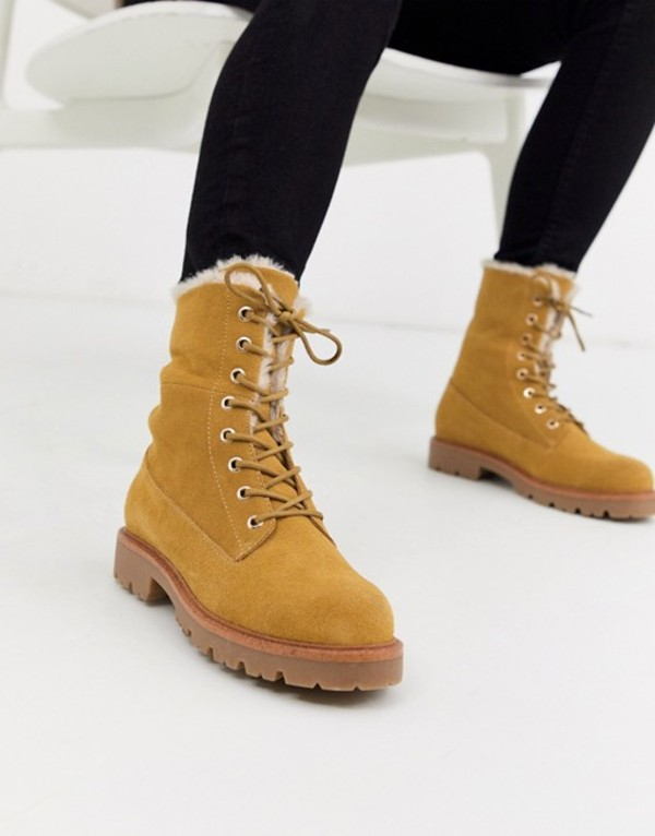 エイソス レディース ブーツ・レインブーツ シューズ ASOS DESIGN Atlantis suede fur lace up hiker ankle boot in sand Sand suede