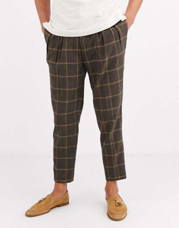 エイソス メンズ カジュアルパンツ ボトムス ASOS DESIGN tapered crop smart pants in wool mix windowpane check in brown Brown