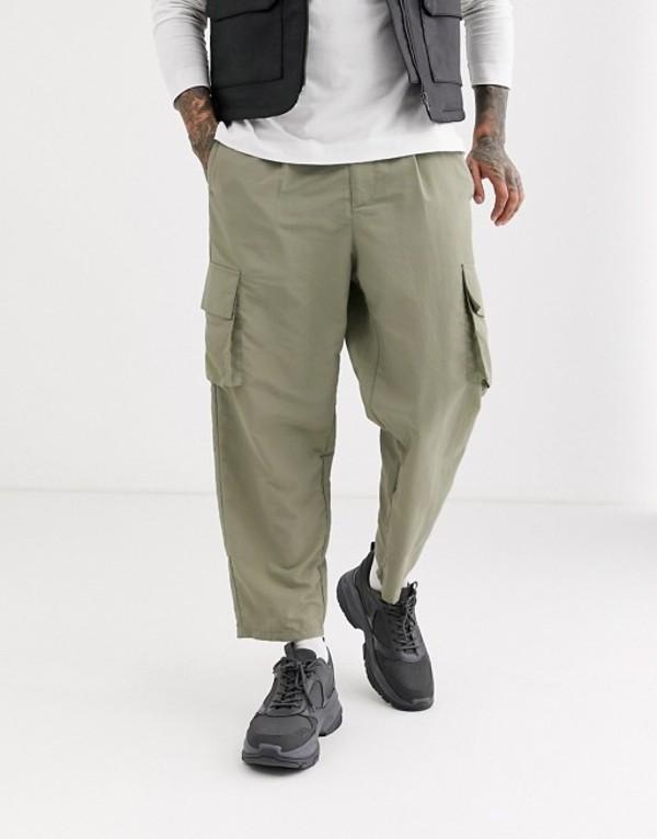 エイソス メンズ カジュアルパンツ ボトムス ASOS DESIGN tapered cargo pants in nylon Beige