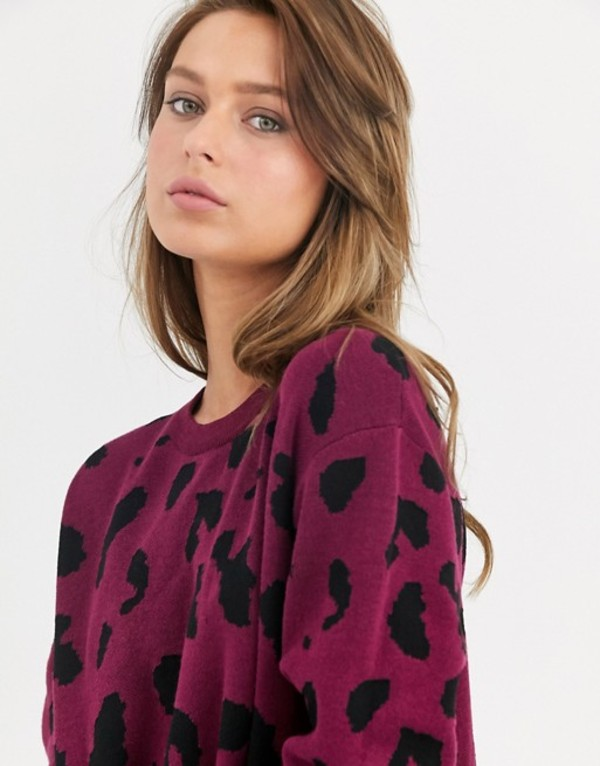 リクオリッシュ レディース ニット・セーター アウター Liquorish crew neck sweater in red leopard print Red multi