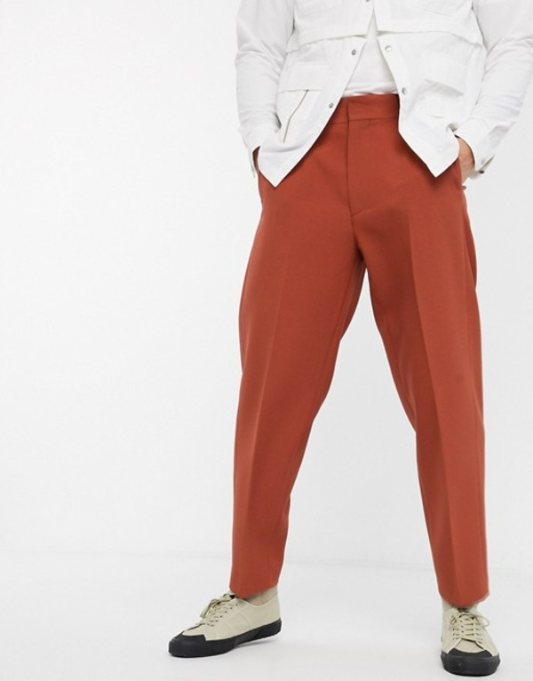 エイソス メンズ カジュアルパンツ ボトムス ASOS DESIGN oversized tapered smart pants in rust Rust
