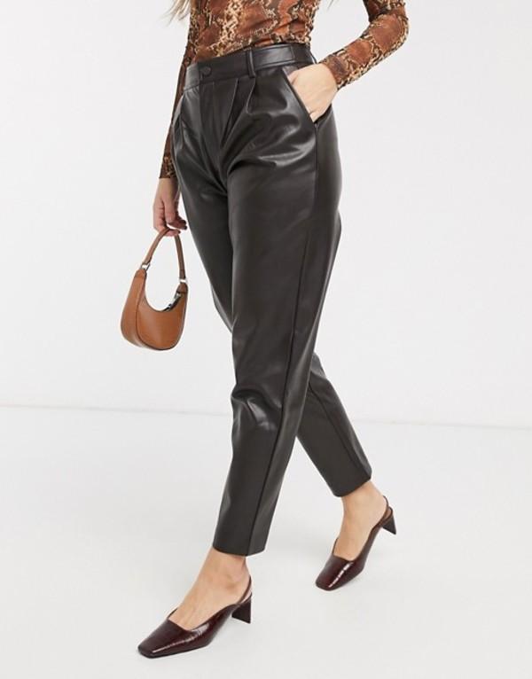 マンゴ レディース カジュアルパンツ ボトムス Mango faux leather pants in chocolate Brown