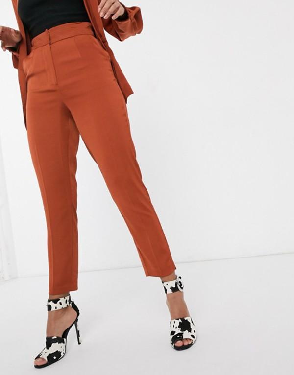 ラビッシュアリス レディース カジュアルパンツ ボトムス Lavish Alice tailored pants in two-piece in brown Brown