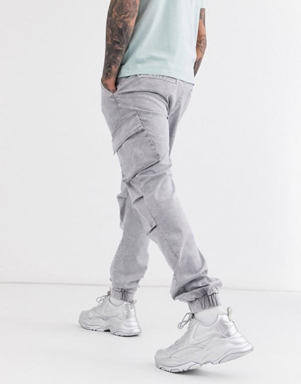 エイソス メンズ カジュアルパンツ ボトムス ASOS DESIGN slim cargo pants with sulphur wash Gray