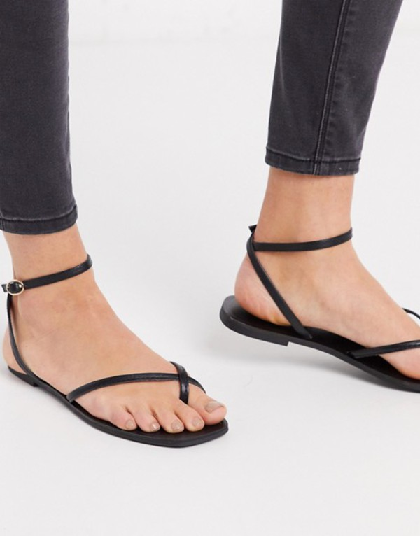 エイソス レディース サンダル シューズ ASOS DESIGN Farnborough minimal toe loop flat sandals in black Black