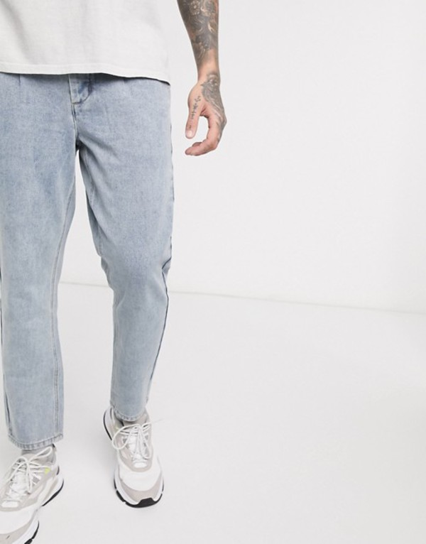 ブーフーマン メンズ デニムパンツ ボトムス boohooMAN pleat tapered fit jeans in light wash blue Denim light blue w