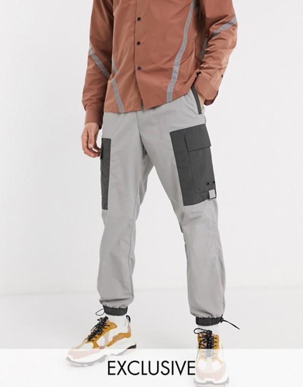 リクレイム ヴィンテージ メンズ カジュアルパンツ ボトムス Reclaimed Vintage cut and sew cargo pants in reflective silver Silver
