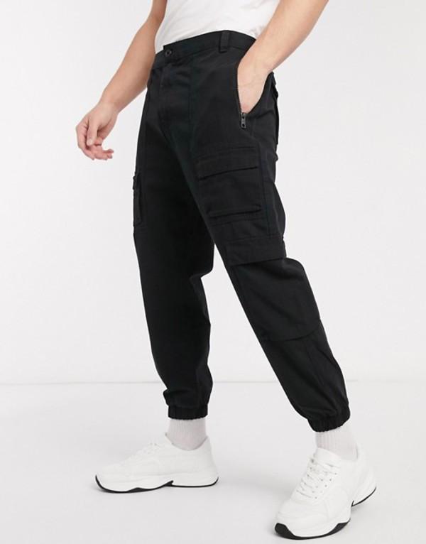 ベルシュカ メンズ カジュアルパンツ ボトムス Bershka cargo jogger in black Black