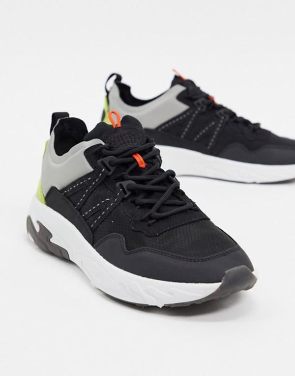 プルアンドベアー メンズ スニーカー シューズ Pull&Bear chunky sneakers with tonal panels in black Black