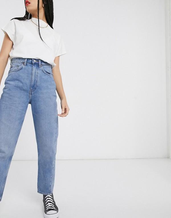 ウィークデイ レディース デニムパンツ ボトムス Weekday Meg organic cotton mom jean in light blue Blue