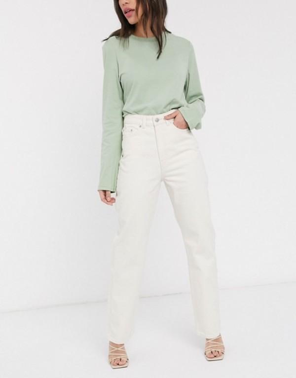 ウィークデイ レディース デニムパンツ ボトムス Weekday Row mom jeans with organic cotton in off white Ecru