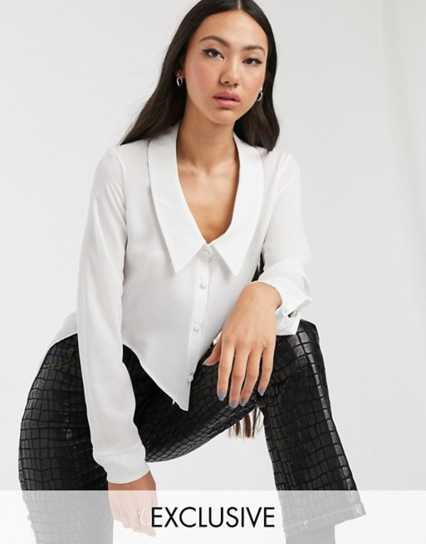 アナザーリーズン レディース シャツ トップス Another Reason fitted 90s shirt with plunge and drop hem White