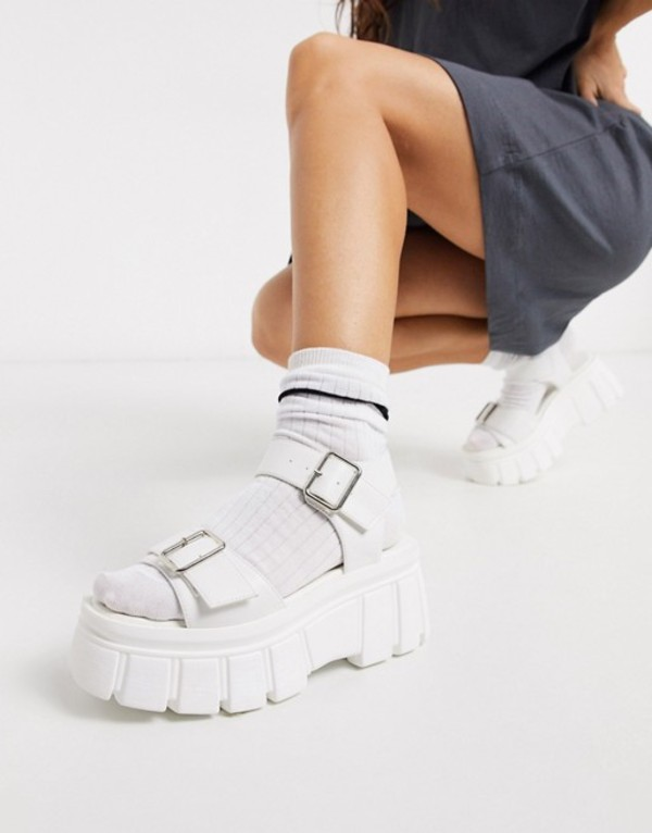 トリュフコレクション レディース サンダル シューズ Truffle Collection chunky flatform heeled sandals in white White pu