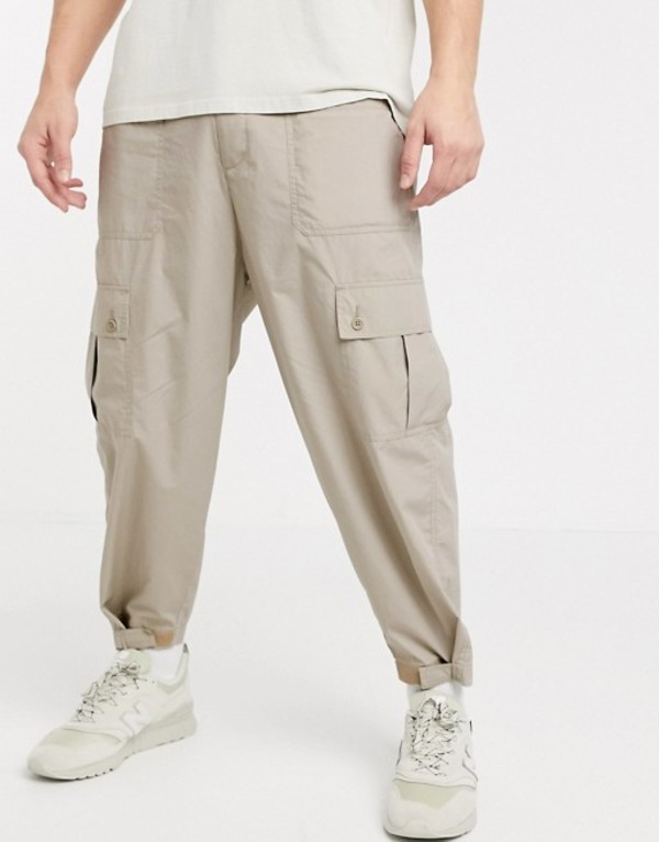 エイソス メンズ カジュアルパンツ ボトムス ASOS DESIGN wide leg cargo pants in ecru Agate