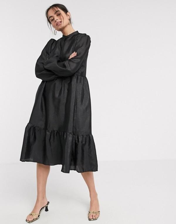 ヴィラ レディース ワンピース トップス Vila tiered midi smock dress in black Black