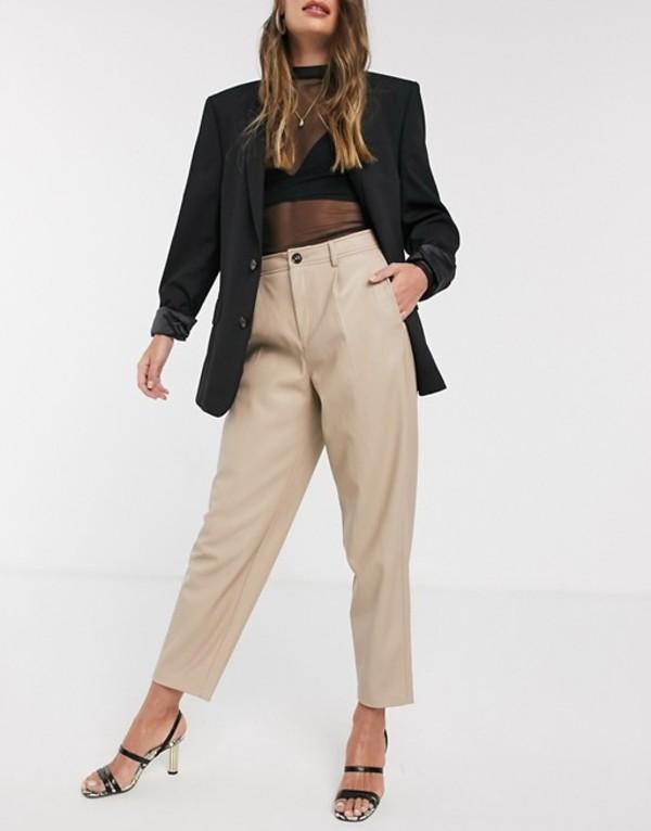マンゴ レディース カジュアルパンツ ボトムス Mango faux leather slouchy pants in beige Beige