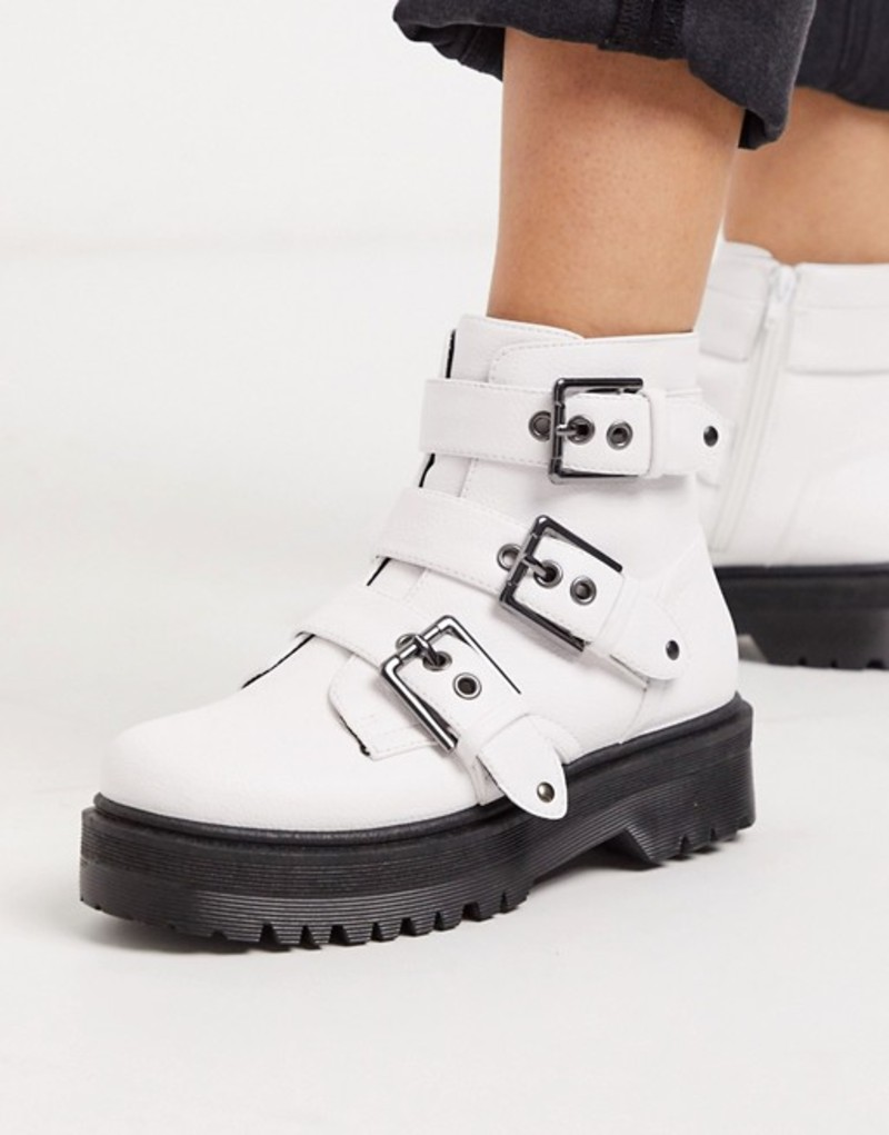 キューピッド レディース ブーツ・レインブーツ シューズ Qupid chunky buckle flat boots in white White