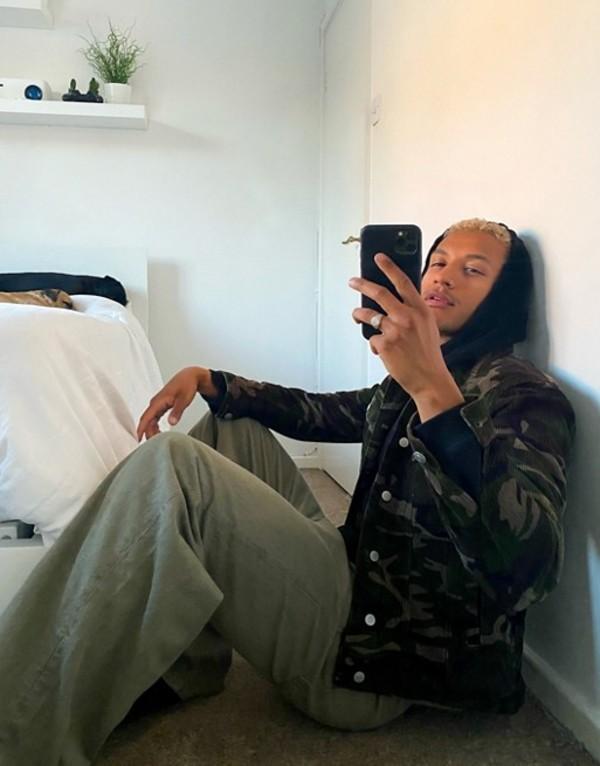 エイソス メンズ ジャケット・ブルゾン アウター ASOS DESIGN cord western jacket in camo print Green