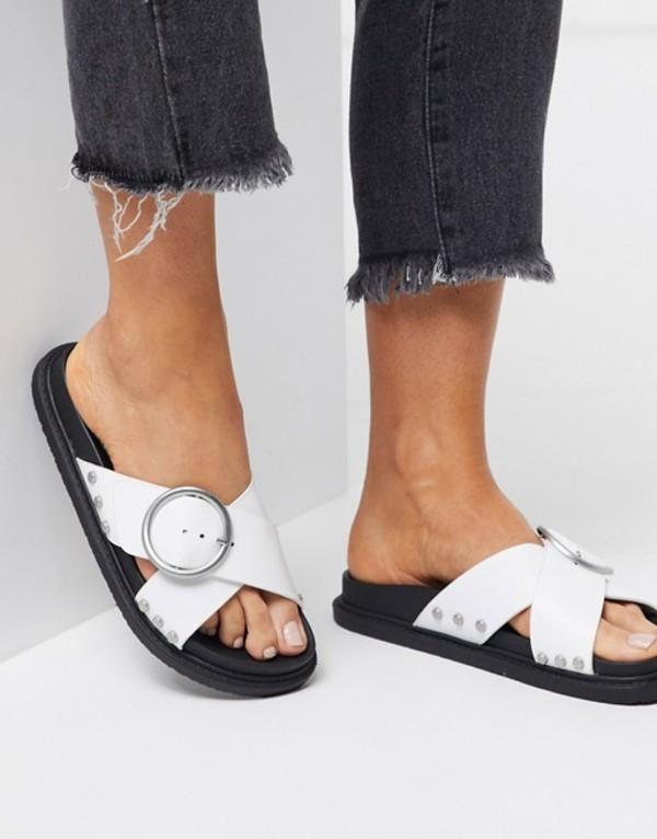トリュフコレクション レディース サンダル シューズ Truffle Collection buckle flat sandals in white White/silver