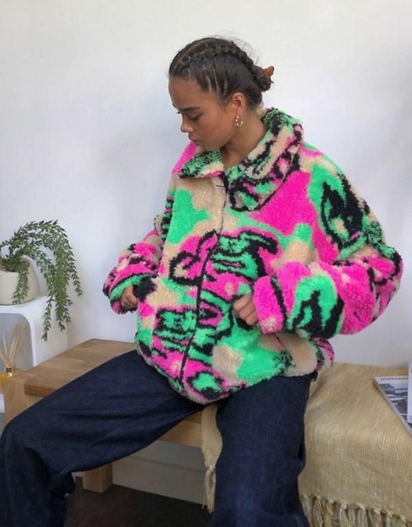 ジェーデッド レディース ジャケット・ブルゾン アウター Jaded London oversized festival fleece jacket in mix graffiti print Multi