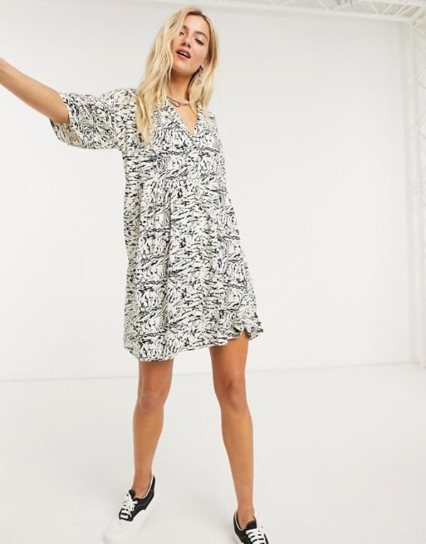 ノイジーメイ レディース ワンピース トップス Noisy May shirt smock mini dress in abstract marble print Multi