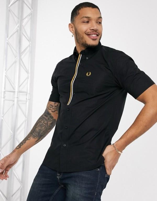 フレッドペリー メンズ シャツ トップス Fred Perry taped placket short sleeve shirt in black Black