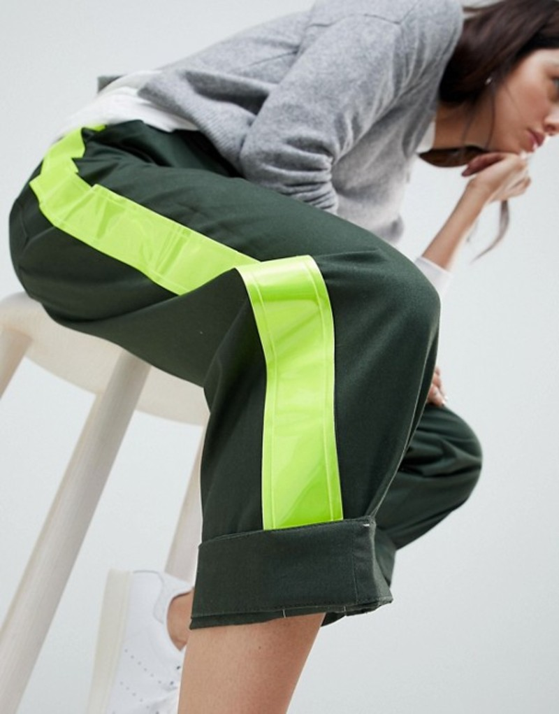 エイソス レディース カジュアルパンツ ボトムス ASOS DESIGN Bree Combat Pants With High Vis Side Stripe Khaki