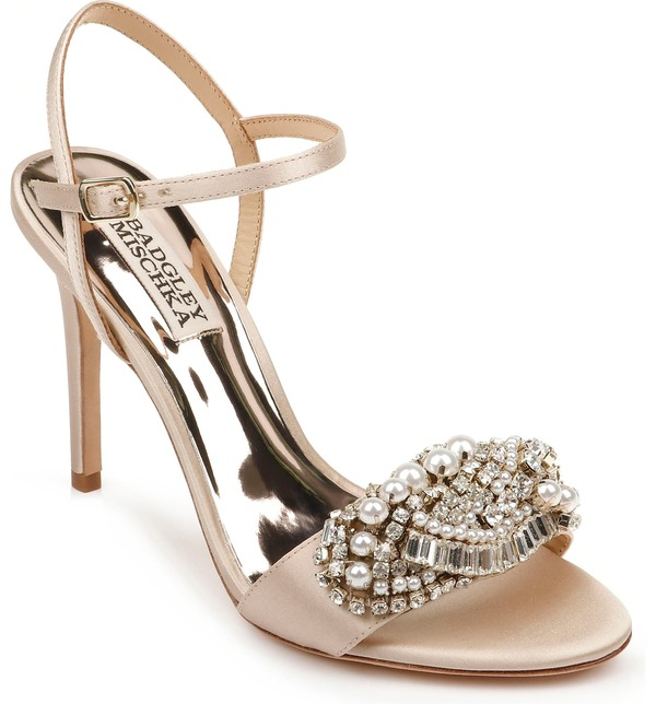 バッドグレイミッシカ レディース サンダル シューズ Badgley Mischka Odelia Crystal Embellished Sandal (Women) Nude Satin