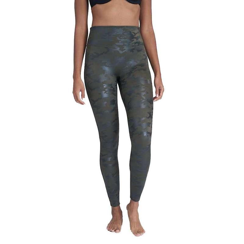 スパンク レディース カジュアルパンツ ボトムス Spanx Women's Faux Leather Camo Legging Matte Green Camo