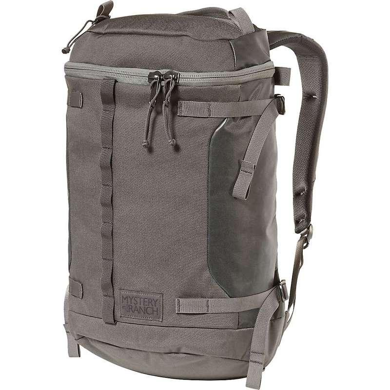 ミステリーランチ メンズ バックパック・リュックサック バッグ Mystery Ranch Robo Flip 21L Backpack Gravel