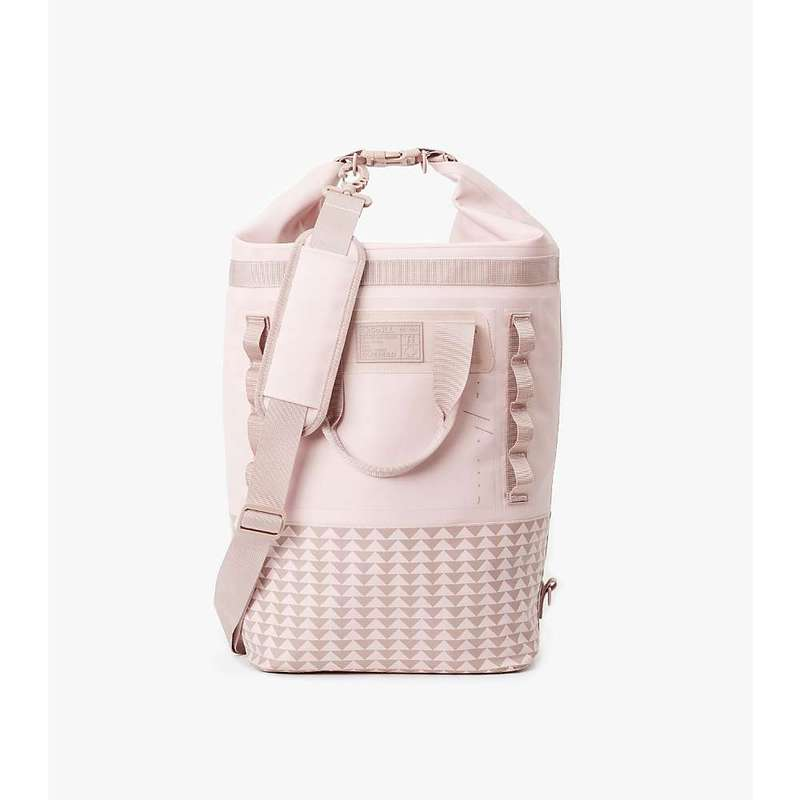 ソイル メンズ バックパック・リュックサック バッグ So iLL On The Roam- 25L Dirt Bag Dirty Pink