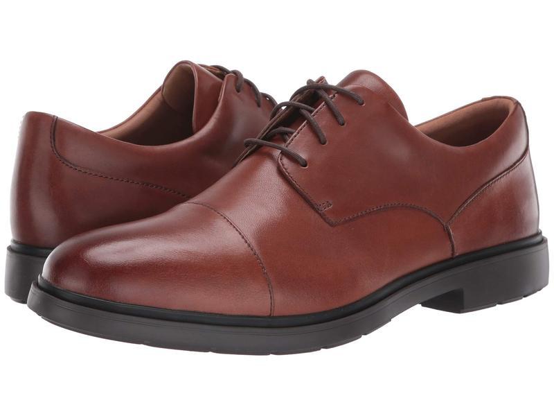 クラークス メンズ オックスフォード シューズ Un Tailor Cap Tan Leather